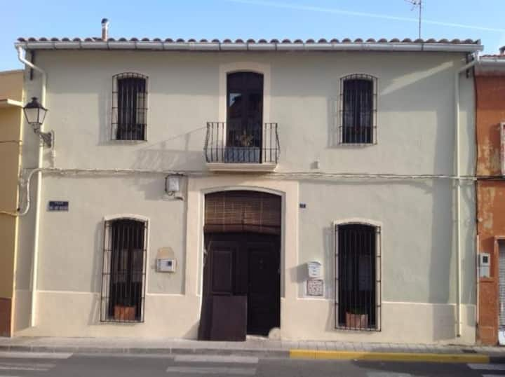 The House at Tormos: Luxury 4 double bedrooms +