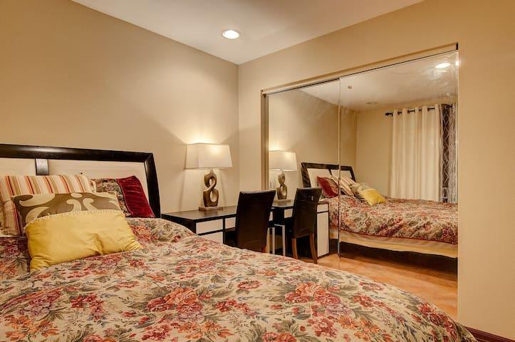 两个房间加一个浴室独享,适合家庭! - La habra heights - 別荘