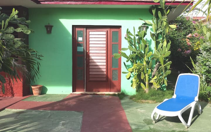 Varadero Yincia's House 20m From The Beach