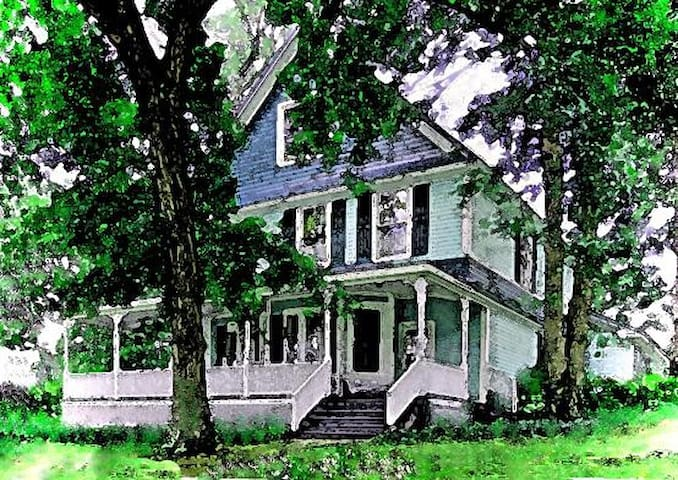 1894 Victorian Home of Artist - Fort Payne - Дом