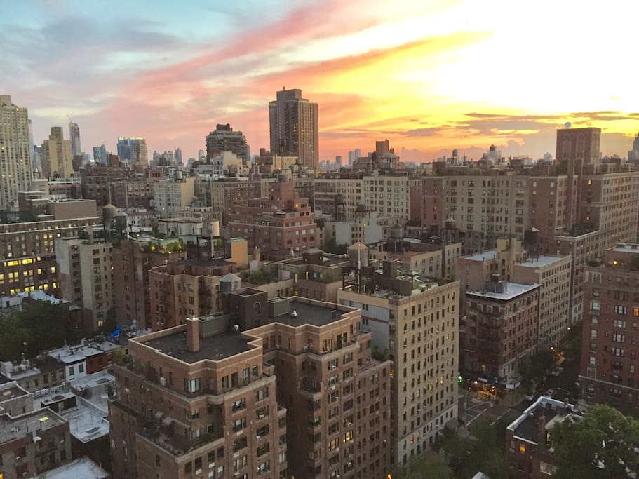 Fantastic upper east side view 1 bedroom w doorman for Appartamenti in affitto new york upper east side