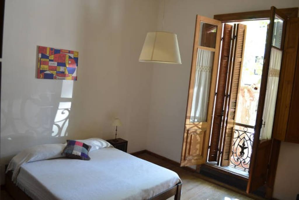 Joaquín Torres García Room (double bed or double twin bed room, up to 4 beds, shared bathrooms)