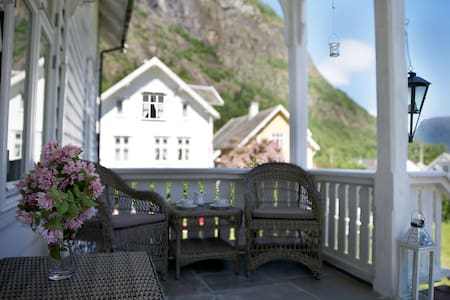 Solvorn Gjestehus, Loft Double - Bed & Breakfast