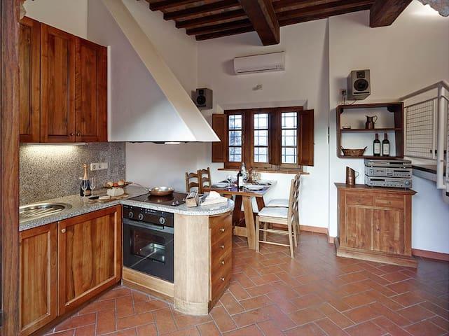 Tuscan winery Cortilla - La Torre - Volterra - Appartement