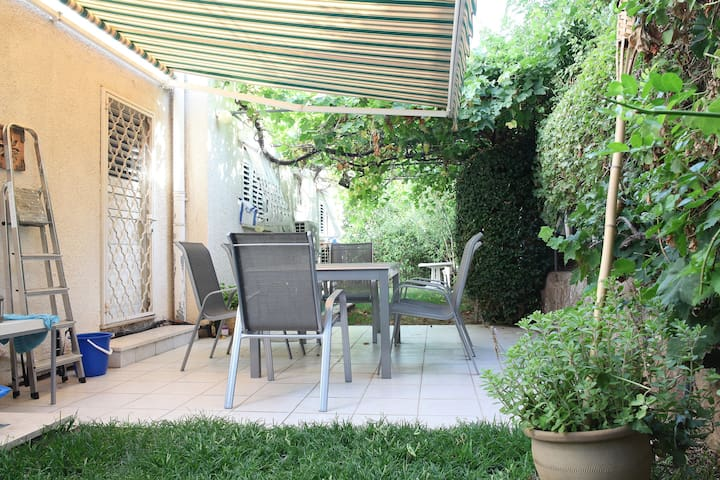 Private floor-15 Mins from Tel-Aviv - Ramat Gan - Haus