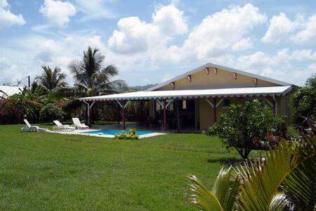 Villa avec piscine - 勒沃克蘭(Le Vauclin)
