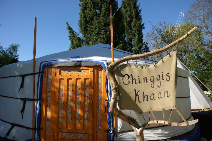 Villa Donkey Jurte Chinggis Khaan