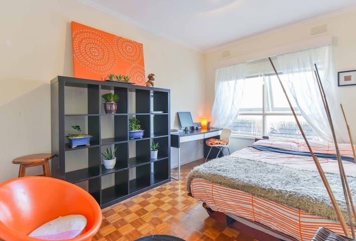 TOP BEACH SIDE APARTMENT ELWOOD - Elwood