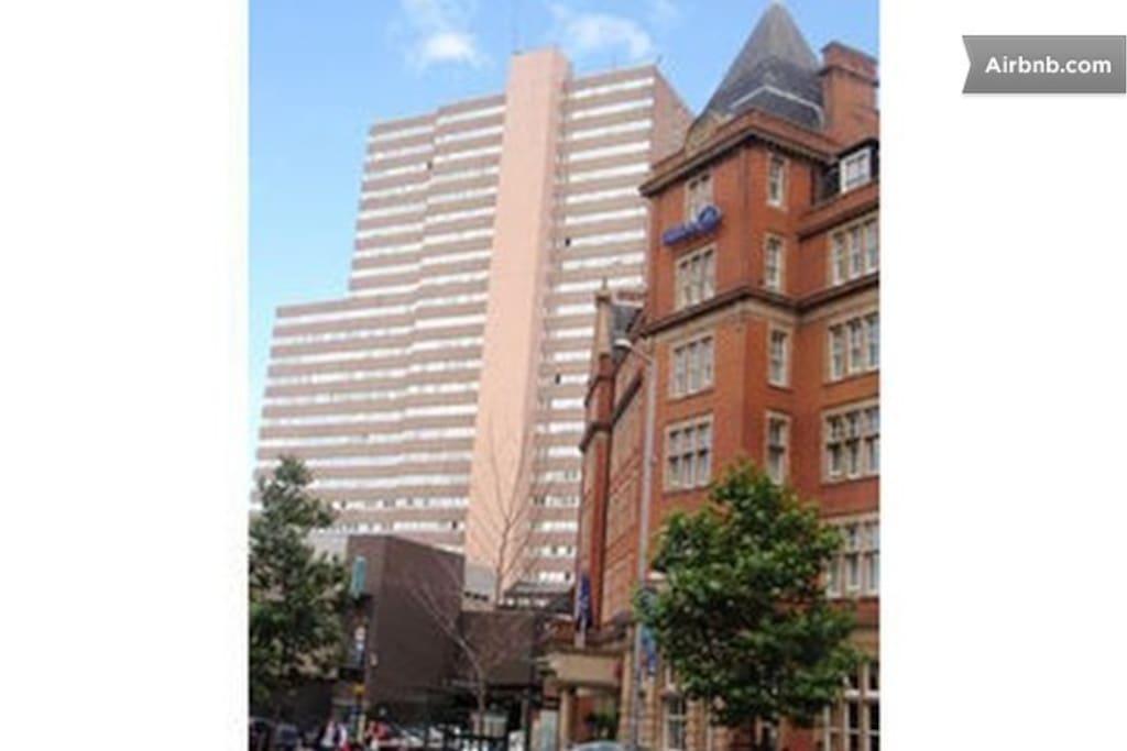 2 Bedroom Apartment Next to Hilton