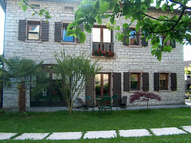 maison de charme - Col-roncan - บ้าน