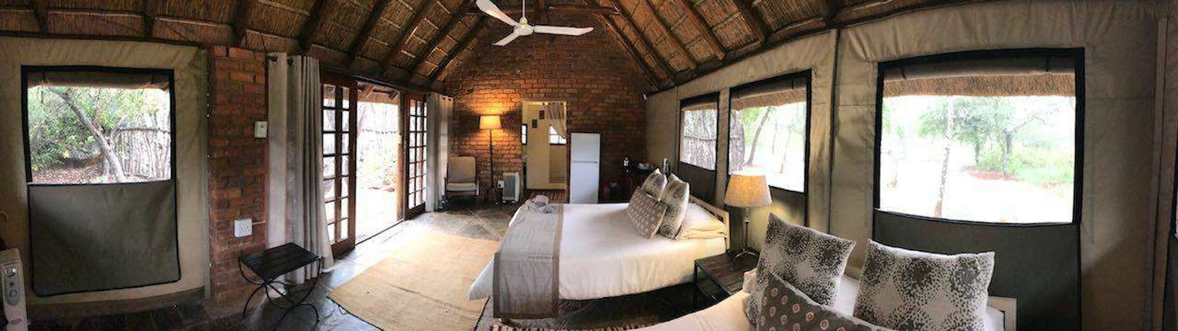 Bonwa Phala Game Lodge - Bush Camp