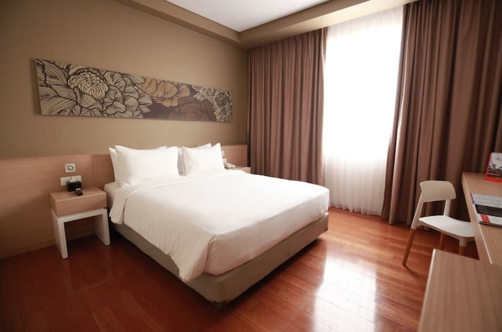 Superior Room Near Airport by Swiss-Belinn