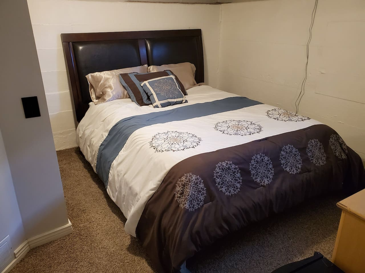 home in Great Falls with single guest room avaible
