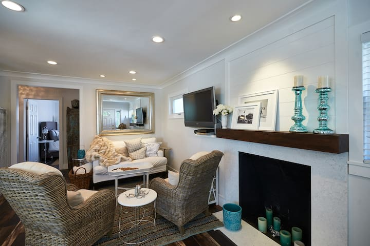 upgraded, charming, beach house - Dana Point - Casa
