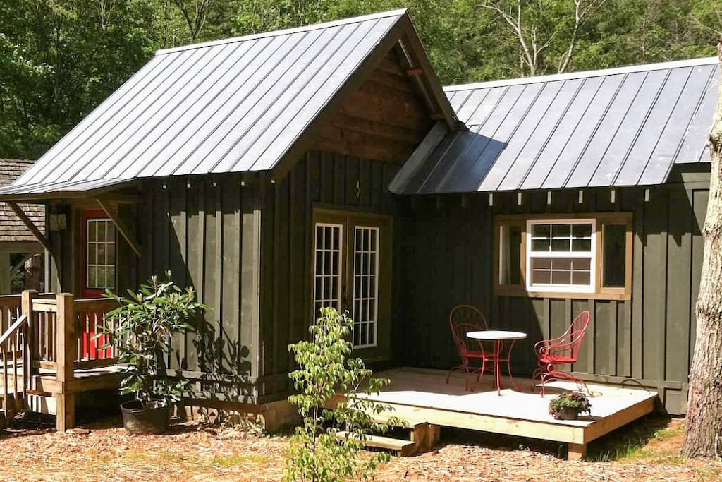 Woodland Cabin By Lake Glenville Cabins For Rent In