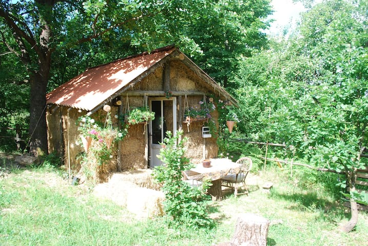country life-la casa di paglia
