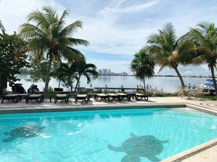 Hermoso Depto en Zona Hotelera - Renta 6 Meses