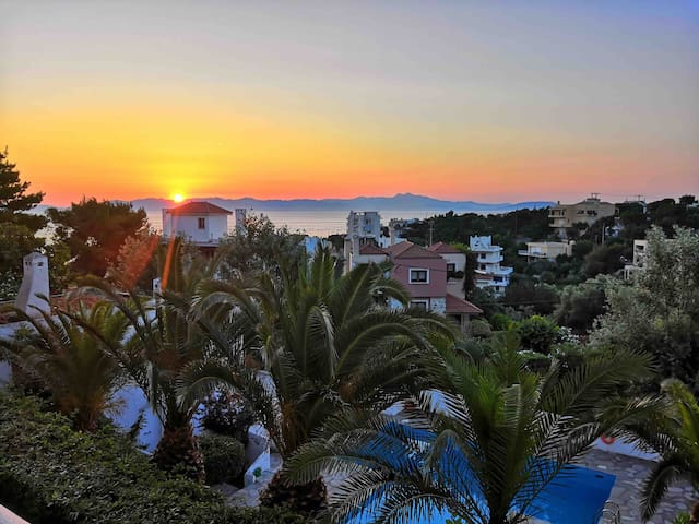 Lovely cozy apartment with pool and view in Rafina