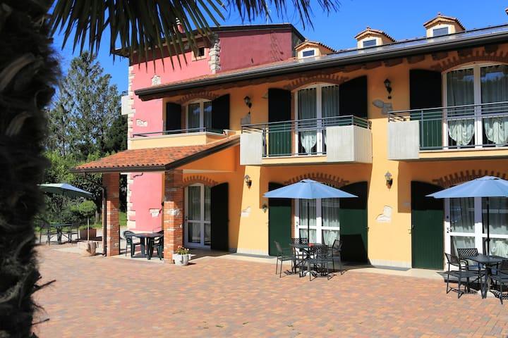 Suite/Apt su 2 piani con soppalco - Volargne - Appartement