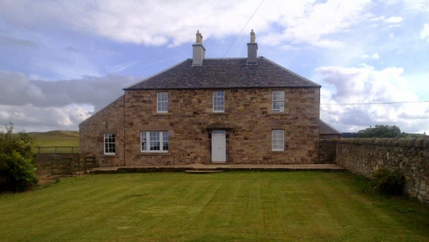 Pretty Farm B&B nr. Edinburgh rm 1