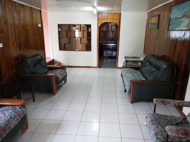 Entire 2 Bedroom Fully Furnished Apartment, Suva