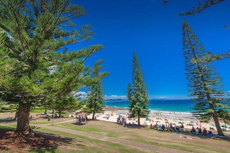 A BEAUTIFUL BEACH SIDE TOWN- please read details - South West Rocks - Dom