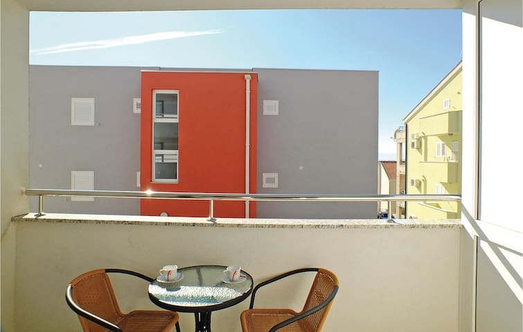 Holiday apartment with 1 room on 32 m² in Makarska