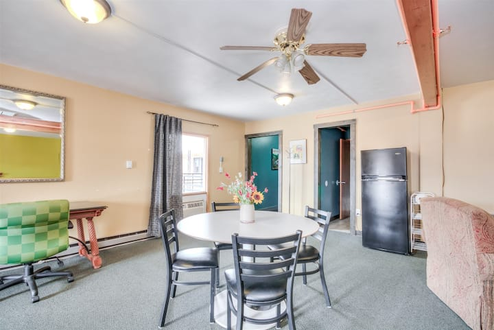 Suite 219 - Large 800SF with 3 beds and living area, great for families!