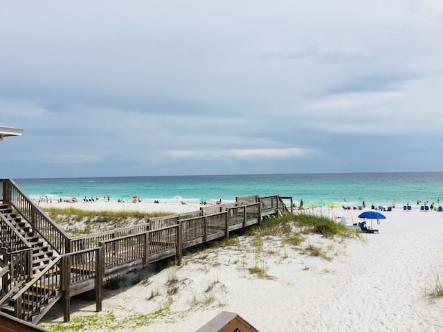 Beach chairs/umbrella service included. FALL RATES