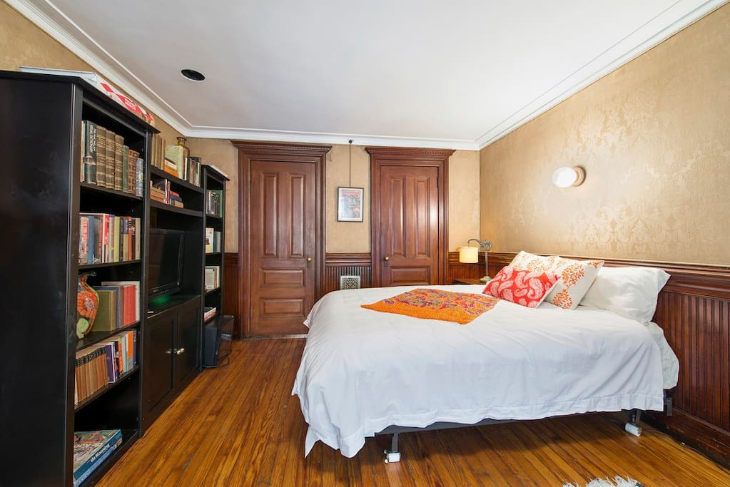 Gorgeous room in historic townhouse chambres d 39 h tes for Chambre d hote new york