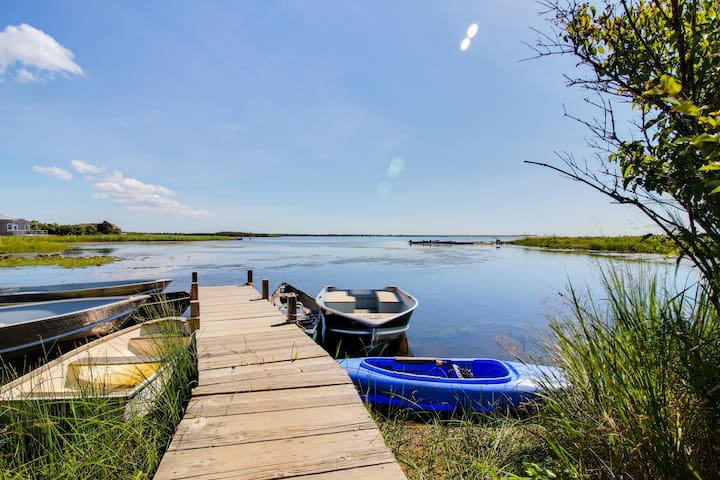 Beautiful, historic farmhouse with shared dock on Chilmark Pond
