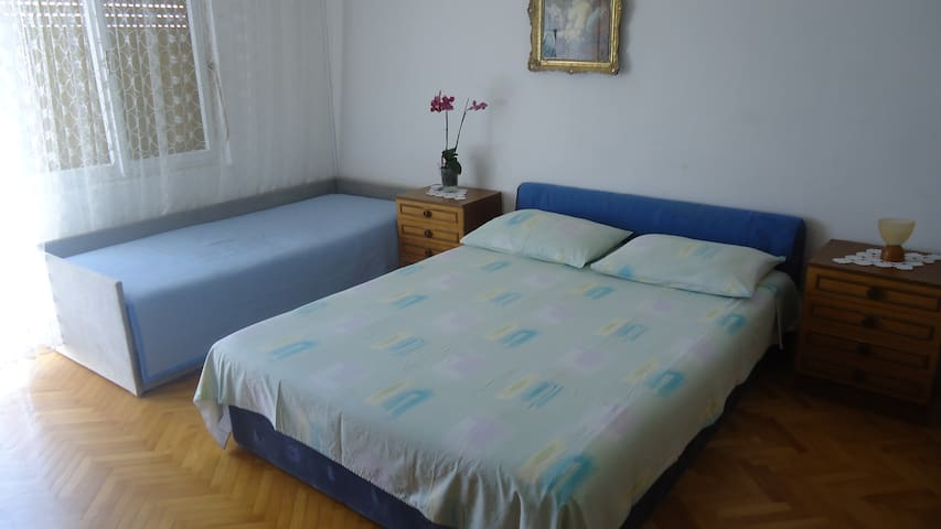 Guest house Lokva Rogoznica Room 3 - Lokva Rogoznica - Bed & Breakfast