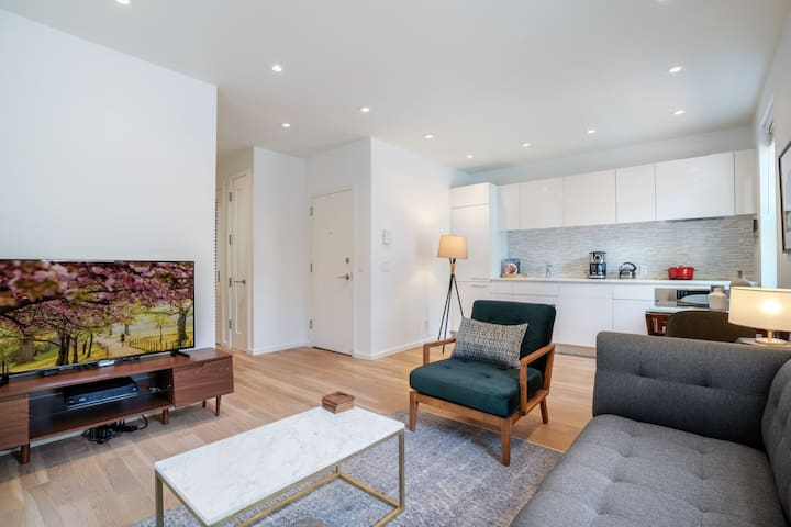 Comfy Georgetown 1BR w/ bike storage near Waterfront by Blueground