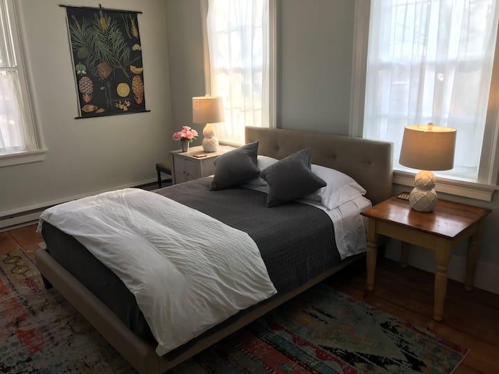 Catskill Village Suite to Rent!