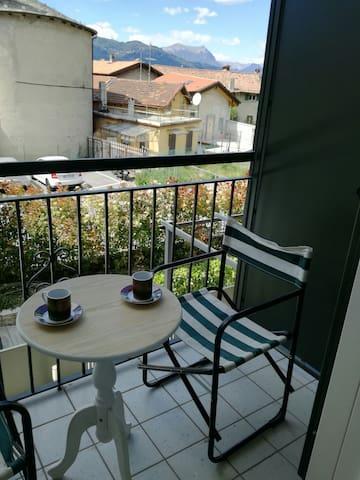Bellissimo, nuovo monolocale - Abbadia Lariana - Apartamento