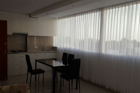 Bedrooms for Rent! - Distrito de Víctor Larco Herrera - Appartement