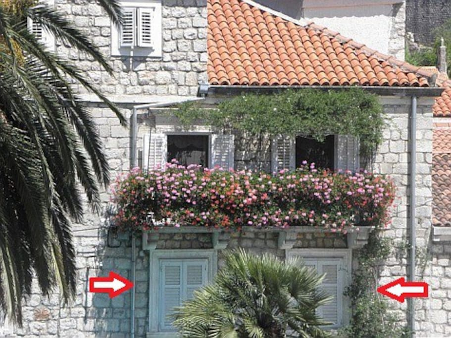In the center of Ston (2nd floor, two white windows below the balcony), overlooking the main street Placa. Wake up in an urban heart of an old town Ston - unforgettable experience:)