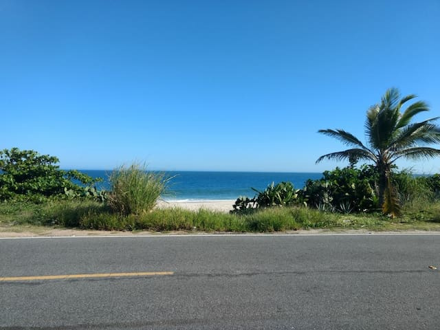 Casa aconchegante  Saquarema c 1 , quadra d praia