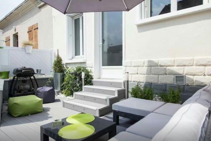 Maison de bourg cœur Val de Loire - La Ville-aux-Dames - Hus