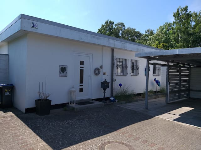 Modern Bungalow Piratennest close to the Beach, with Wi-Fi, Balcony & Garden; Parking Available, Pets Allowed