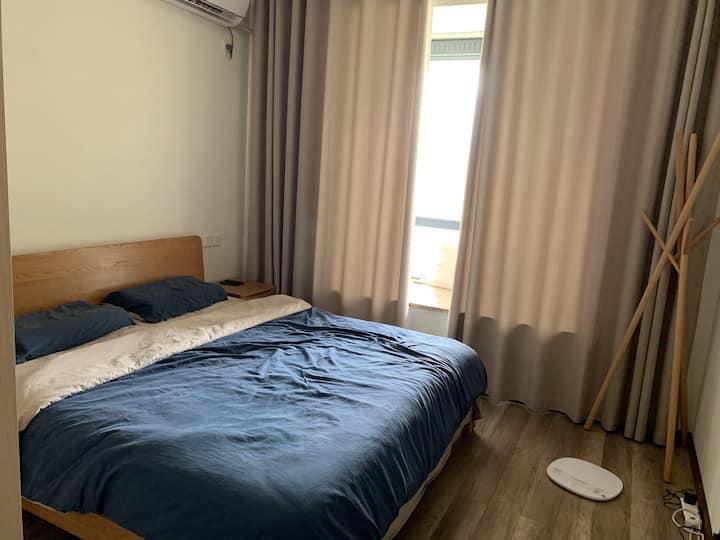 中心位置 各种所需方便 房间品质高
