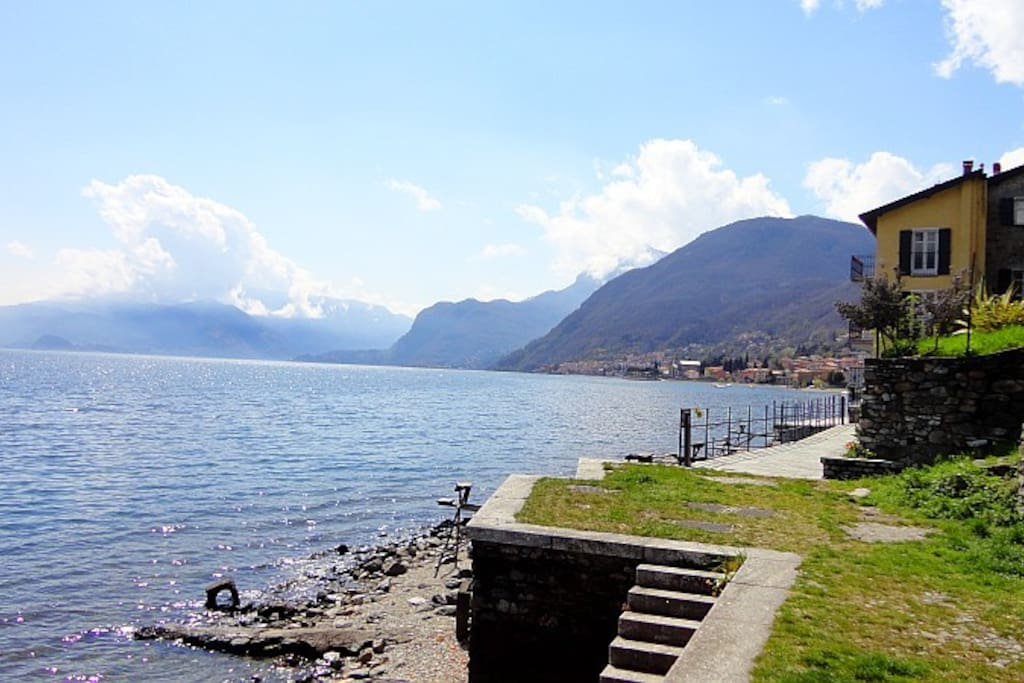 Holiday cottage Sirenetta on the  shores of Lake Como Italy