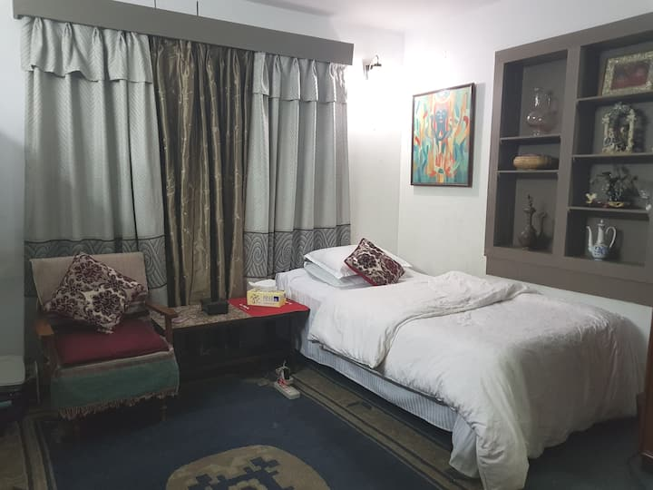 Room #3 Twin bedroom