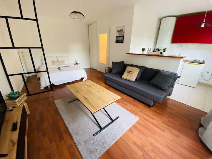 Appartement standing ❤️ RER 5 mn ❤️ Vue sur jardin