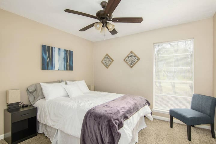❤️Queen Bed all amenities near The Woodlands