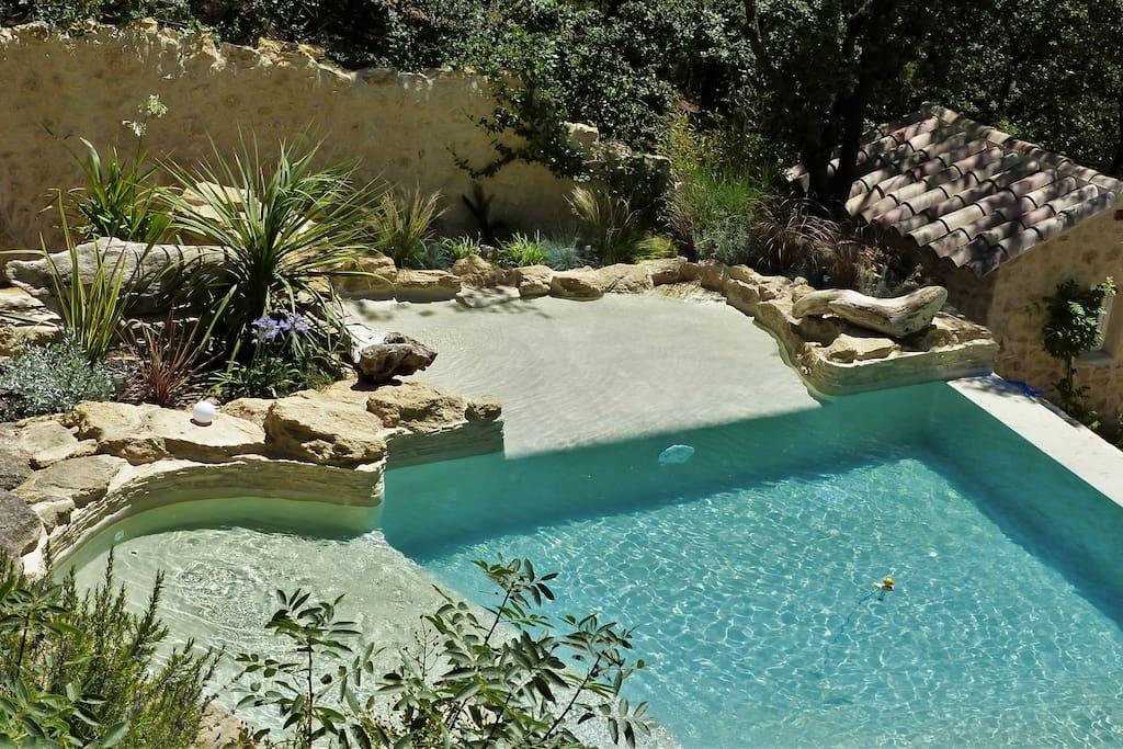 Villa proven ale avec piscine dans le luberon houses for for Sun park piscine