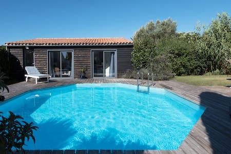 Studio avec jardin, piscine privée - Sainte-Marie-de-Ré - Huis