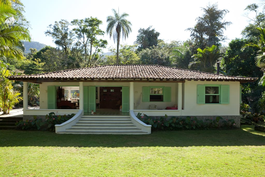 House In Lush Forest Rio De Janeiro Houses For Rent In