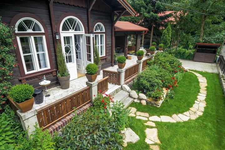 DESIGNERSKI DOMEK W KARPACZU - Karpacz - Huis