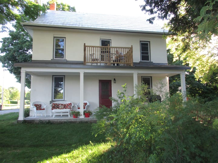 Horseshoe Valley Farm Cottage